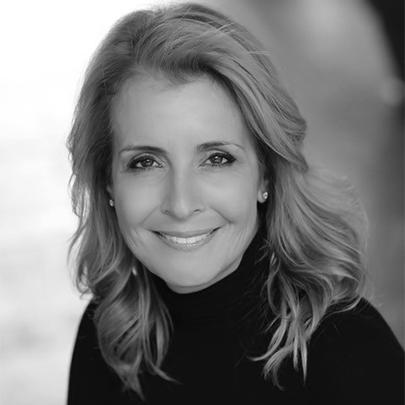 Sherry Lautenbach, Senior Vice President, Global B2B Sales at PROS, headshot